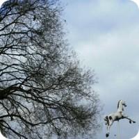 cheval-round